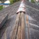 自社倉庫のスレート屋根の「棟包み」が台風で破損したのでDIYで修理してみた